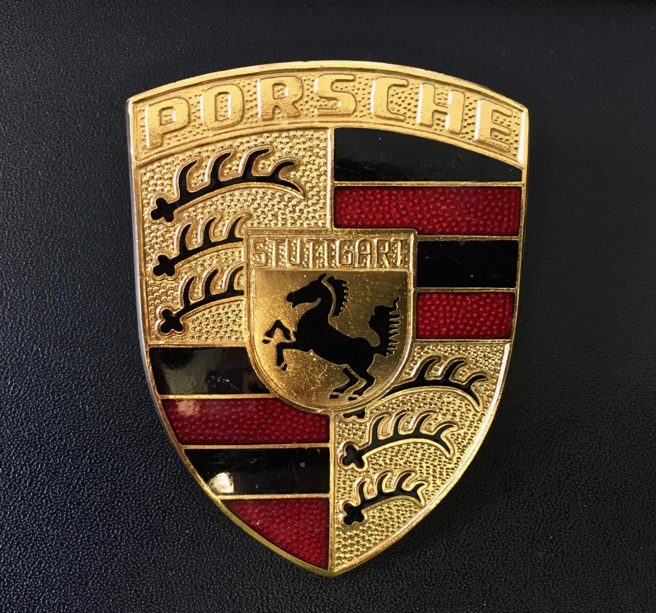 Porsche 911 enamel emblem 901
